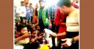 """শায়েস্তাগঞ্জে পথশিশুদের খাবার বিতরণ করেছে """"সম্প্রীতির হবিগঞ্জ"""""""