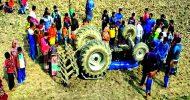 কানাইঘাটে ট্রাক্টর চাপায় প্রাণ গেল ভাইবোন : চালক আহত