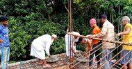 জামেয়া ইসলামিয়া হাজী আব্দুছ ছাত্তার মহিলা মাদরাসার দ্বিতল ভবনের ছাদের ঢালাই কাজ সম্পন্ন