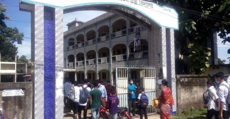 কমলগঞ্জে ফের মুখরিত ক্যাম্পাস, প্রাণ উচ্ছল শিক্ষার্থীরা