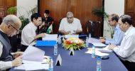 'আমলারা জনগণের নয় রাজনৈতিক নেতাদের সেবা করেন'
